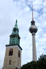 Marienkirche (left); Fernsehturm (right)