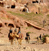 travel options, near Royal tombs